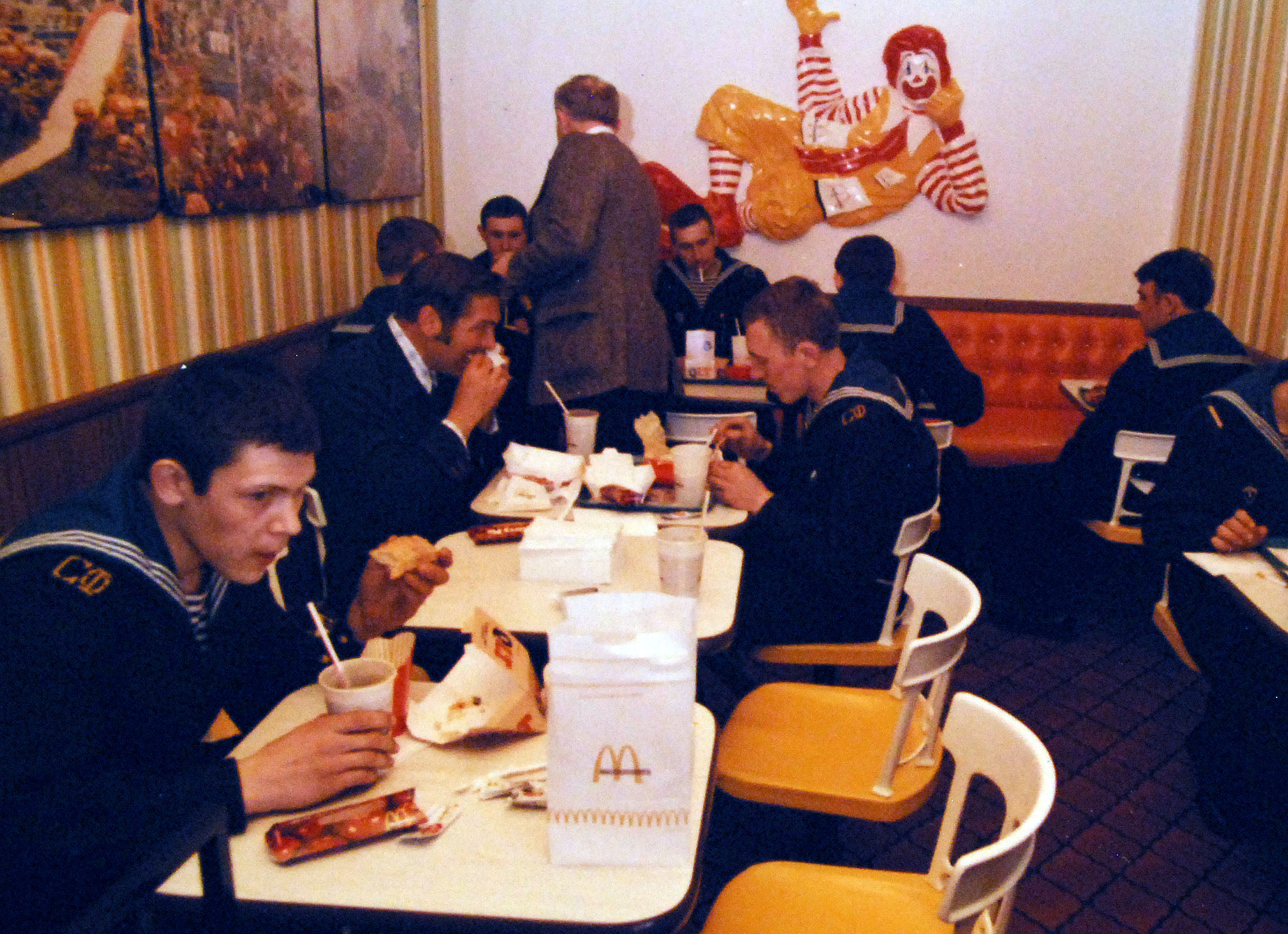 Cambridge, Massachusetts. Soviet sailors from the two Soviet Kanin class guided missile destroyers, Boykiy, 290, and Zhguchiy, 288, eat lunch at McDonald's during a sightseeing tour. The two Soviet ships are making a port visit to Bo.jpg